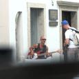 Ne zgodi se ravno pogosto, da za Kranj slišijo izven slovenskih meja. Glas o malem slovenskem mestu in Sloveniji pa je zagotovo uspelo ponesti prek meja izvirnemu jazzmobu, ki so ga  posneli za letošnji deveti Jazz Kamp Kranj.